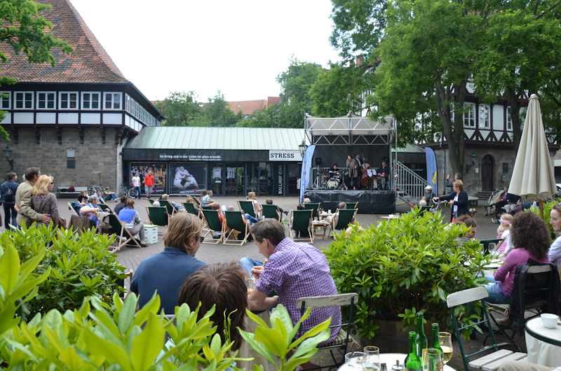 20120609-Manoo-Jazz-am-Ballhof-Altstadt-Hannover-18