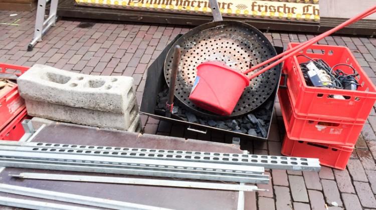 20141124-Weihnachtsmarkt-Aufbau-Altstadt-Hannover-06