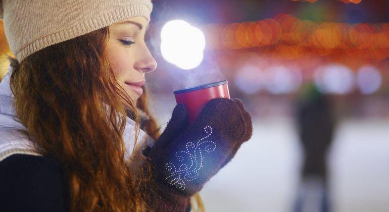 Was Kostet Glühwein Auf Dem Weihnachtsmarkt 2019.Was Kostet Ein Glühwein Auf Dem Weihnachtsmarkt 2014