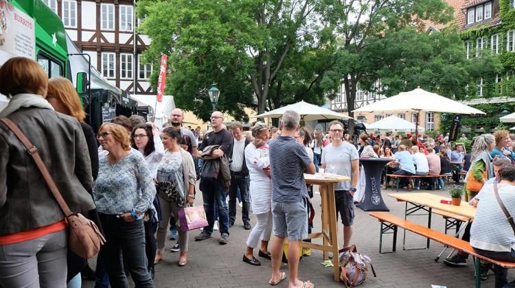 ballhof-isst-fremd-altstadt-hannover